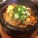 なんでむん - 料理写真:牛スジ煮込み(柔らかさが自慢!人気のひと品)