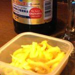 じゅんちゃん - お通しとオリオン大瓶