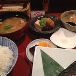 和彩弥 嶋川 - 和膳は小鉢+手作り豆腐+ご飯+汁物+香の物付