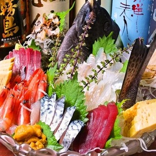 鮮度に自信あり!魚介料理の数々…