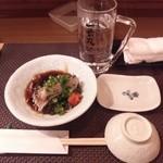 寿司じんかく - 付きだし…サワラのタタキ