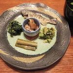 秋神温泉旅館 - (夕食)あまご、山菜各種