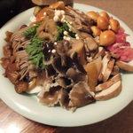 秋神温泉旅館 - (夕食)キノコ鍋の具材