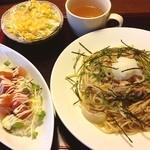 一作 - 料理写真:カフェ飯と和風パスタのセット 950円