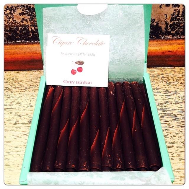 チェリー ボンボン - たくさん詰まったシガールチョコレート