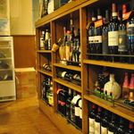 ペンナロッソ - ワインはグラス530円~、ボトルは2000円~です☆