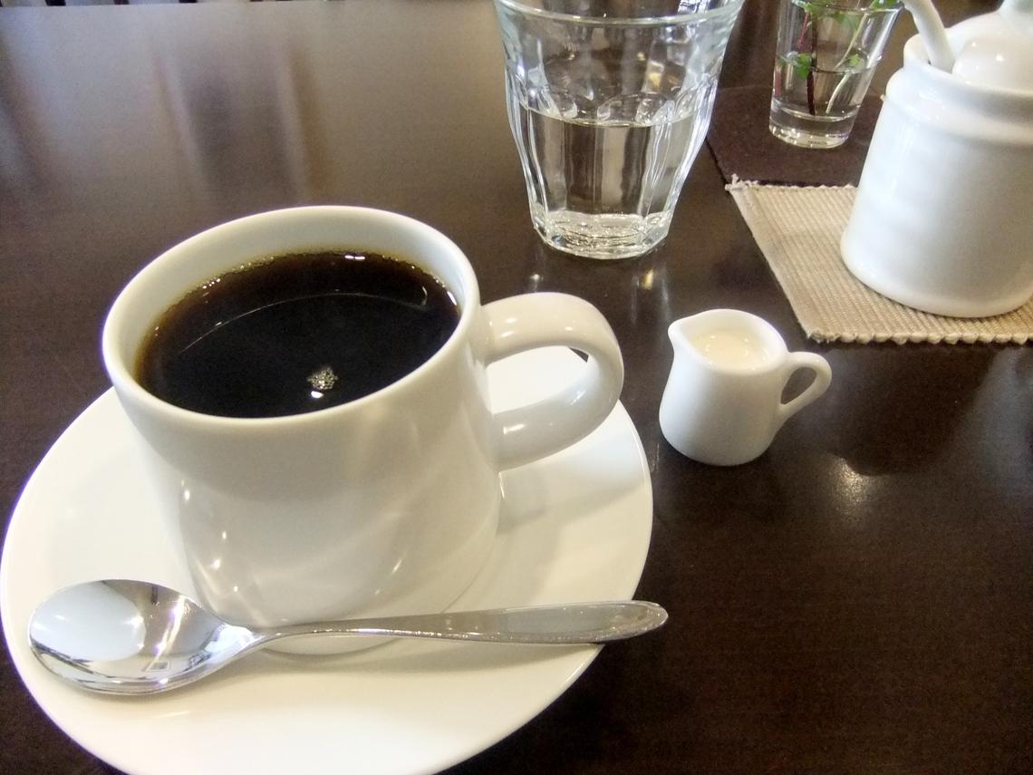 スリーペンギンズコーヒーアンドロースター