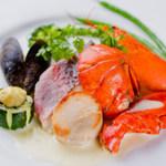 レストラン アンサンブル - 魚料理の内容は新鮮魚介類を使用しておりますので当日決まります。