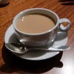 肉匠なか田 - コーヒーはカフェオレにかえてもらいました(*´꒳`)