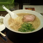 麺処 むささんじん - 博多ラーメン(650円)