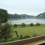 UMEKA - 窓から一望できる高滝湖