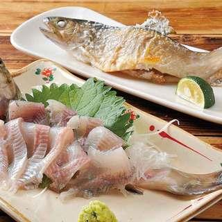 本日の特別焼き魚もあります。