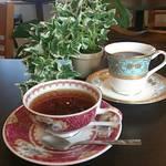 エリッサメイラ - 各種紅茶ご用意してます♪