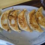 ぎょうざの満洲 - セットの餃子