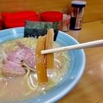 ラーメン専門店 和 - 業務用(?)と思われるメンマ