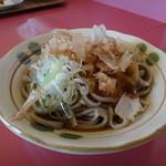 たんぽぽ - 料理写真:定食についているお蕎麦。日によって無い場合もある。