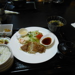 旬彩茶屋夢花 - 豚肉ガーリック重ね焼き定食+ミニうどんセット