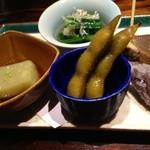 22628221 - 枝豆の当座煮・小松菜のお浸し・つぶ貝のうま煮・みょうがの天ぷら・落花生の豆腐