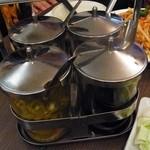 タイ屋台居酒屋 マリ - タイ式調味料セット