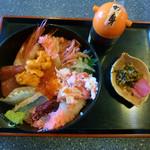 あつたや - 清須ワングランプリの出展料理・信長好みド派手な海鮮丼