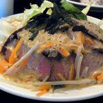 22631497 - ジューシー ローストビーフ丼 950円(スープ・サラダ・ドリンク付き)