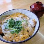 おじゃれ和屋 - 料理写真:カツ丼(味自慢のカツ丼です。みそ汁付) 590円