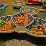 末廣鮨 - (アートモードですいません)まずは前菜の三点盛りです。