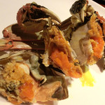 華家 - 上海蟹(割ったところ)