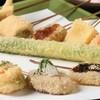 油食来 - 料理写真:本年10月より目にも鮮やか創作串揚げをはじめました!