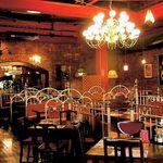 オールド・スパゲティ・ファクトリー - 宴会は240名様迄収容可能