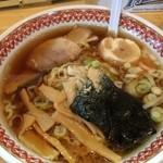 龍覚 - 醤油ラーメン 600円