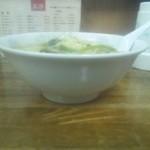 22648335 - 味噌ラーメン\530+大盛\100(麺固め)側面
