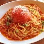 ペペローネ - まるまるトマトのスパゲッティ〜!