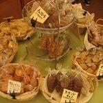 四季菓子 Village -  四季菓子 ヴィラージュ