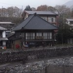 会津屋豆腐店 - (写真up2) お店の全景。