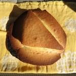 サンライズ - 料理写真:チーズ三角¥130