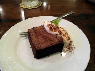 ウール倶楽部 - 生チョコレートケーキ