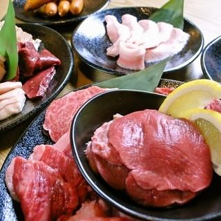 A4・A5ランクの牛肉食べ放題3500円は、その満足度・お値段共に納得の人気メニューです♪