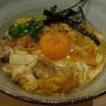 鶏屋ぜんろく - 親子丼780円