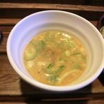 22676532 - 海老味噌つけ麺のつけダレ