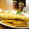 フットニック - 料理写真:フィッシュ&チップスはビネガーをたっぷりかけたり、お好みの味に仕上げて下さい。
