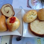 グルマンディーヌ - パンは、6種類を食べ放題♪