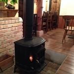 ゆとり侶 - 暖炉があり、冬場は暖かいです。