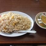 22681721 - 上海軒  焼めし(スープ付)