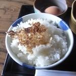 水車の里 瑞穂蔵 - お米が立っています。オコゲも嬉しい!