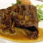 金谷 - 伊賀牛もも肉の薄切りソテー ストロガノフ風:1575円