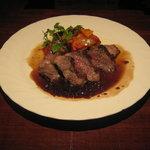 洋膳坊 楽の市 - 「イベリコ豚のステーキ」です。