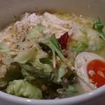 蔭山樓 - 鶏白湯麺