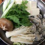 だるま - 料理写真:寒い冬の季節はオススメのお鍋をどうぞ☆