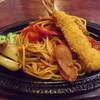 マルゲリータ - 料理写真:「鉄板焼きナポリタン」880円  エビフライが乗っています。